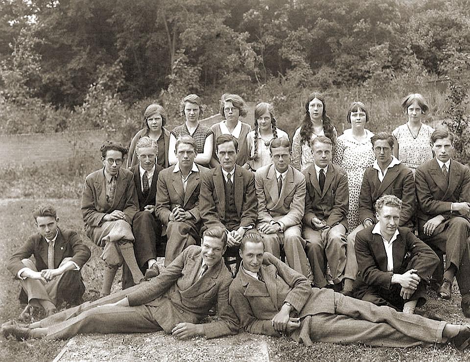 Oude klassefoto Vrije School Den Haag